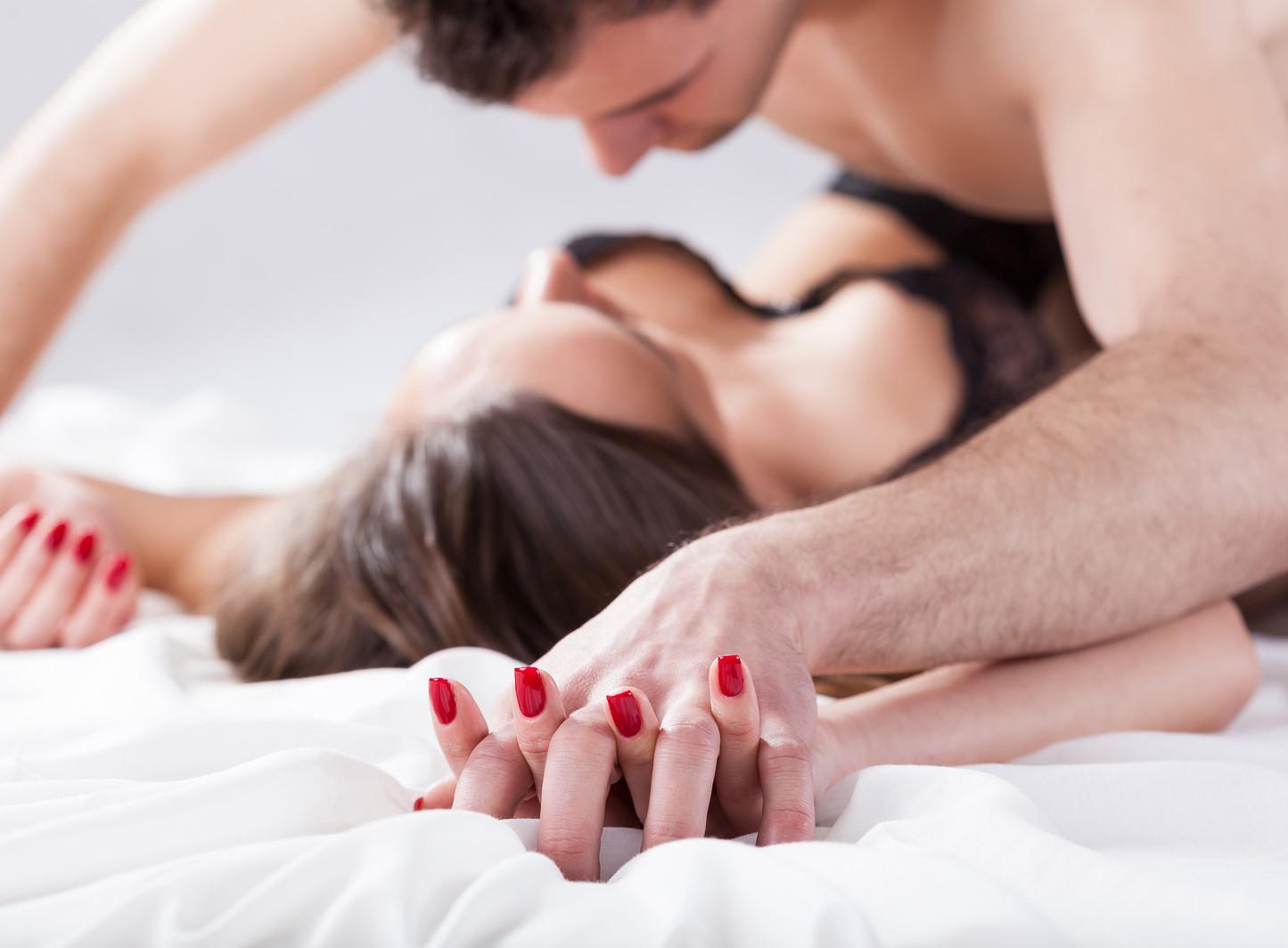 Приятные позы секса для женщины, Позы для секса: 60 лучших поз для занятия сексом 7 фотография